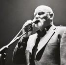 Deux associations font venir Brendan Perry en concert à Duclair