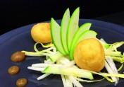Neufchâtel, andouille de Vire en tempura et caramel acidulé