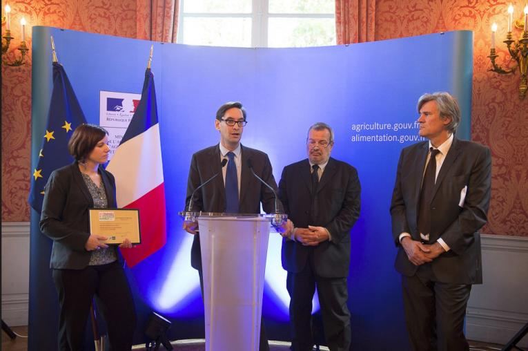 La chambre d 39 agriculture honor e pour son action contre l for Chambre d agriculture paris